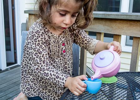 Pouring tea II