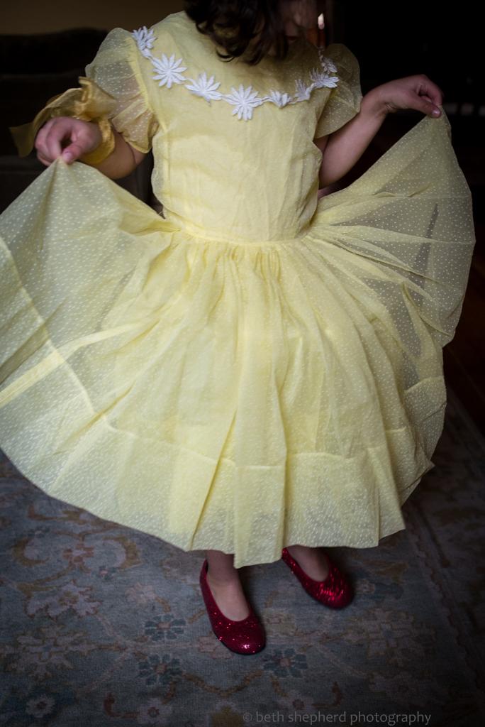 daughter in yellow dress