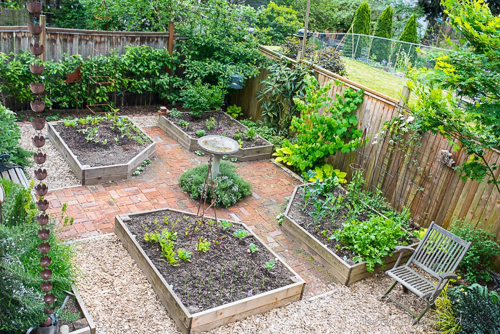 April 2016 Garden Photo Project