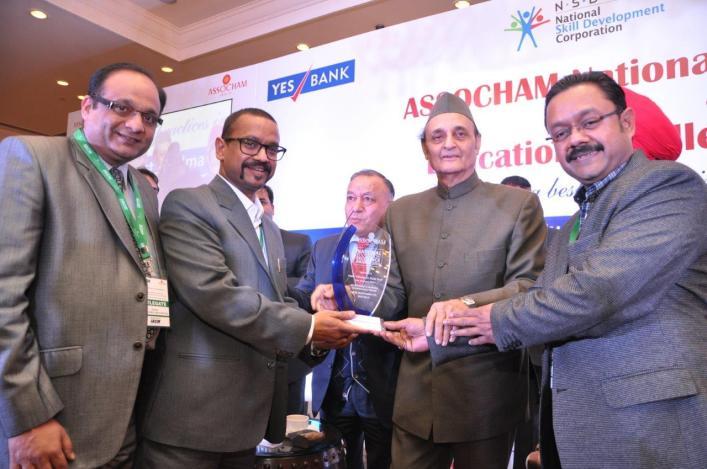 Ravinder Goyal, Founder Director- IACM SmartLearn Ltd, wins Assocham Award 2014