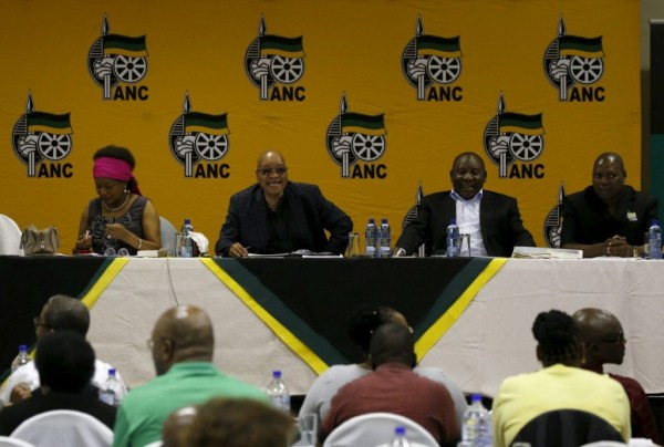 South African ruling party in crisis talks over Zuma ...