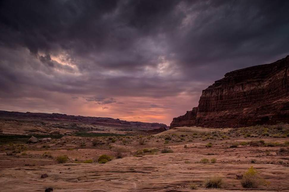 Sunrise from our camp spot in the Glen Canyon