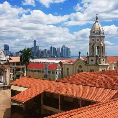 Iglesia San Felipe Neri, lugar de multiples usos