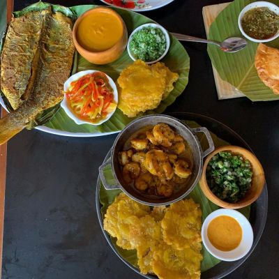 What is there to eat at Fonda Lo Que Hay?