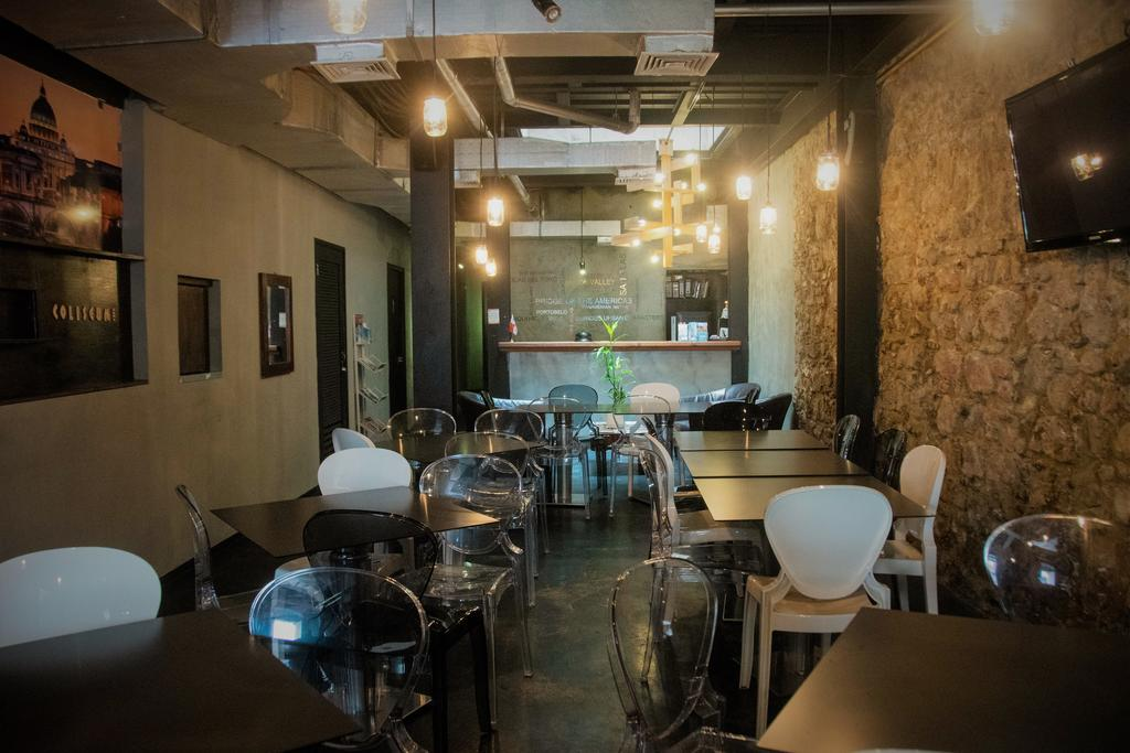 coliseum restaurant is located on the ground floor of Gatto Blanco Party Hotel in casco viejo