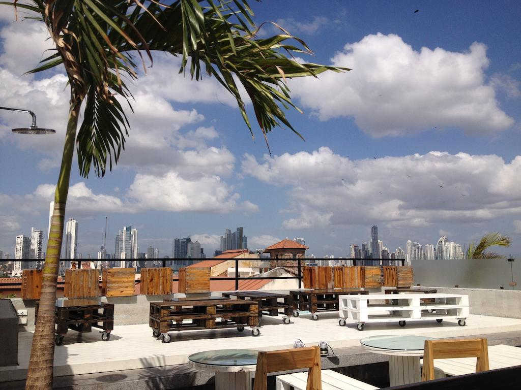 rooftop bar of Gatto Blanco Party Hotel
