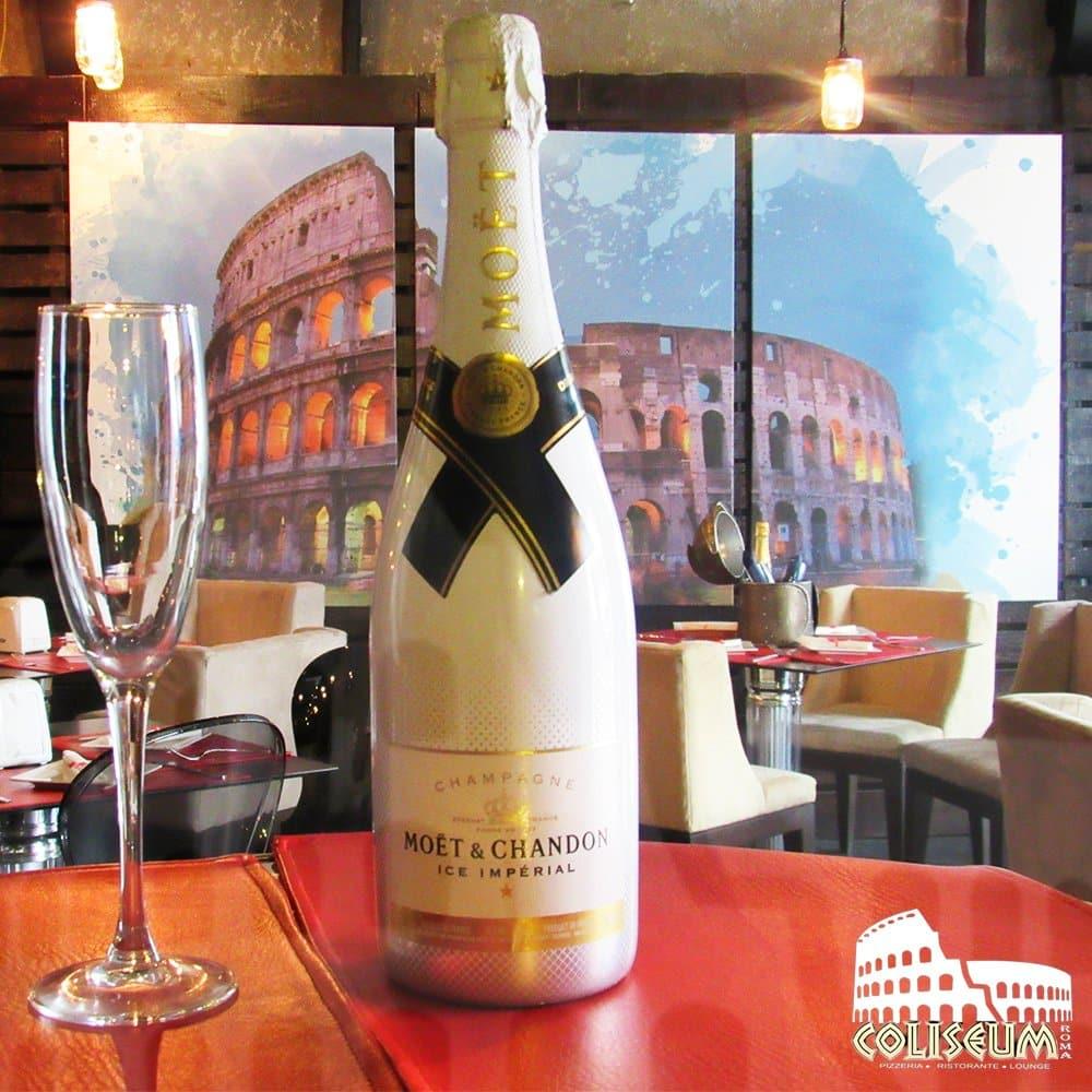 Moet Chandon champagne in Coliseum Roma Restaurant panama