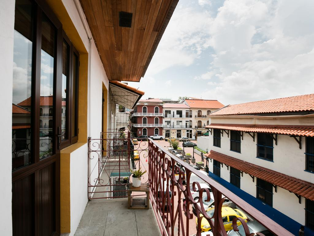 All rooms at Tantalo Hotel have their own balconies