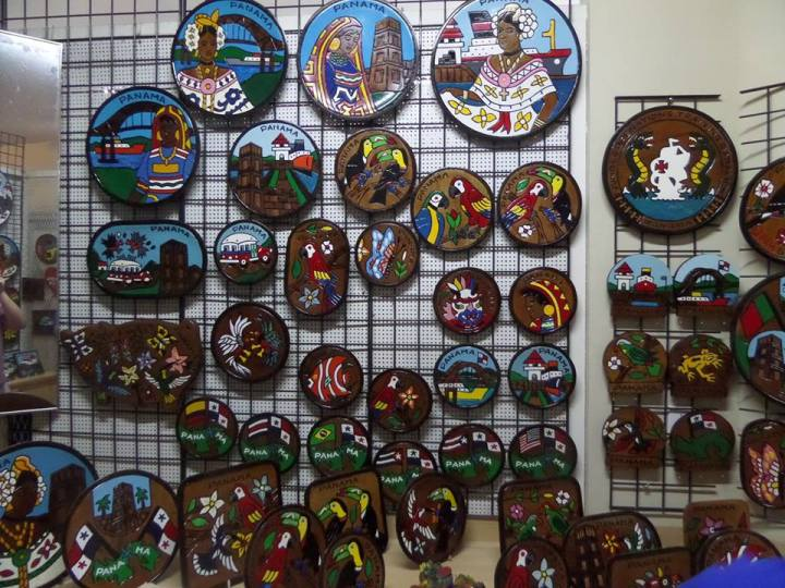Decorative plates being sold at the Panama Viejo Market