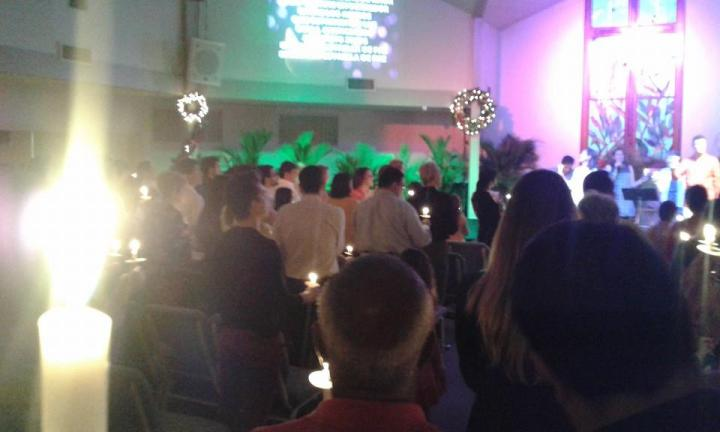 Christmas Candlelight Service at Crossroads Bible Church