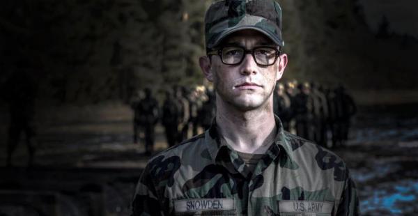 Sigue adelante Oliver Stone con la película sobre Snowden