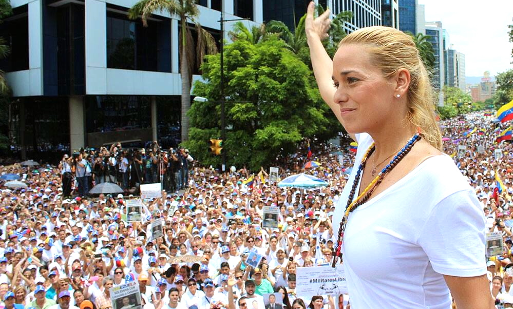 """Many thousands of Caracas residents came together with Leopoldo López's wife Lilian Tintori (pictured) to demonstrate their support for her husband and other political prisoners in Venezuela. (<a href=""""https://www.facebook.com/liliantintorioficial/photos/pb.135171103876.-2207520000.1433080716./10152987668378877/"""" target=""""_blank"""">Lilian Tintori</a>)"""