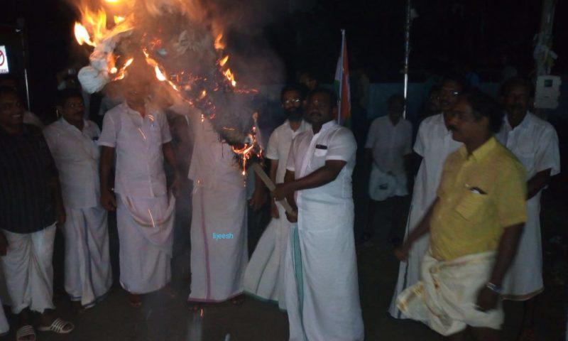 രാഹുല് ഗാന്ധിയുടെ  അറസ്റ്റ് :  പ്രതിഷേധം ആളിക്കത്തുന്നു