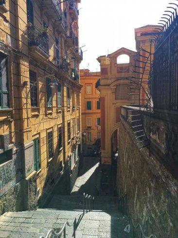 visita guidata ai quartieri spagnoli con casa Tolentino (1)