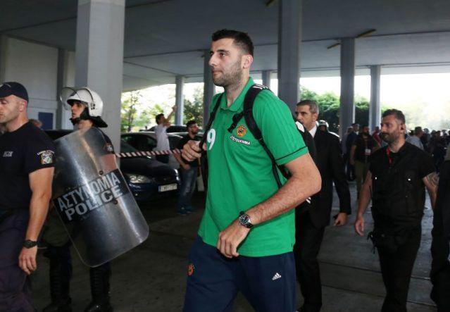 Μπουρούσης για το πούλμαν: «Το ίδιο θα έκανα, γνωρίζοντας πως παίκτες ξενυχτούν μετά από ήττα» | panathinaikos24.gr