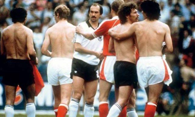 «Η ντροπή της Χιχόν»: Όταν Γερμανοί και Αυστριακοί ξεφτίλισαν το ποδόσφαιρο | panathinaikos24.gr