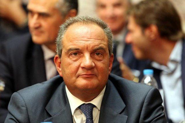 Ο Καραμανλής σε εκλογικό κέντρο του… ΣΥΡΙΖΑ! (pic)   panathinaikos24.gr