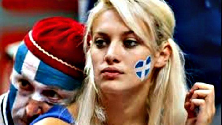 Η ξανθιά οπαδός της Εθνικής στην πιο εντυπωσιακή της φωτογράφιση (Pics) | panathinaikos24.gr