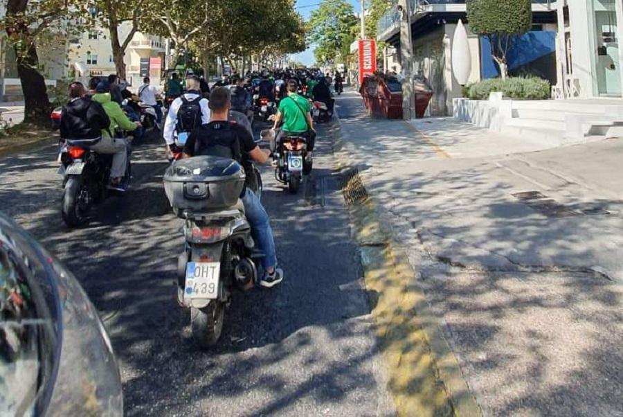 Έξω από το σπίτι του Αλαφούζου η μηχανοκίνητη πορεία των οπαδών! (Pics)   panathinaikos24.gr