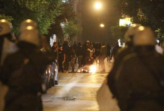 Επίθεση οπαδών του Ολυμπιακού στον «πράσινο» σύνδεσμο στα Πετράλωνα | panathinaikos24.gr