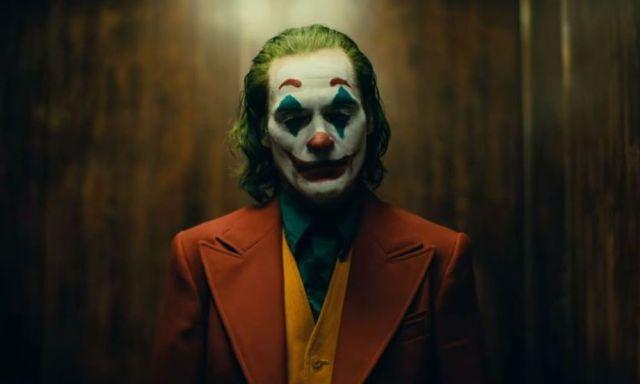 Ρεπόρτερ του ΣΚΑΪ «έμπλεξε» τον τίτλο της ταινίας του Γαβρά με την ένδειξη καταλληλότητας του Joker (video)   panathinaikos24.gr