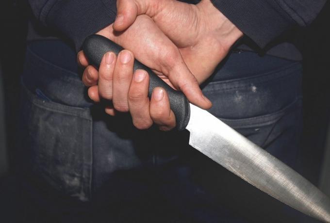 Μαχαίρωσαν μαθητή μέσα στο σχολείο   panathinaikos24.gr