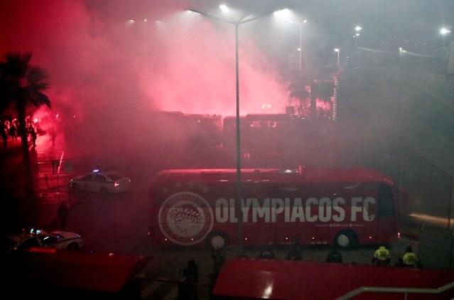 Δακρυγόνα έξω από το Καραϊσκάκη! | panathinaikos24.gr