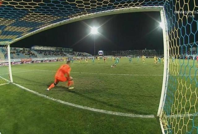Σωστή η επανάληψη του πέναλτι του ΠΑΟ, σκόραρε με τη 2η ο Μακέντα (pics) | panathinaikos24.gr