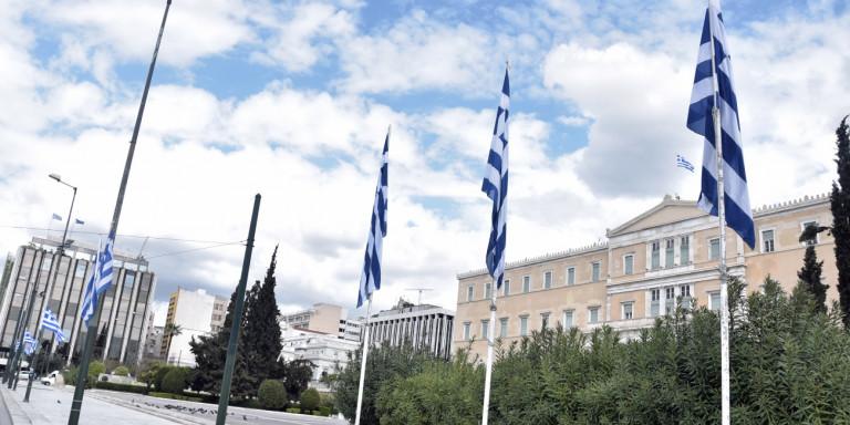 25η Μαρτίου: Θα σημάνουν οι καμπάνες στις 11 – «Παρέλαση» αεροσκαφών   panathinaikos24.gr