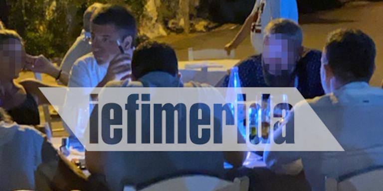 Απίστευτο: Ο περιφερειάρχης Τζιτζικώστας τρώει αμέριμνος σε ταβέρνα στους Παξούς μετά τις 12, παρά τα μέτρα [εικόνες] | panathinaikos24.gr
