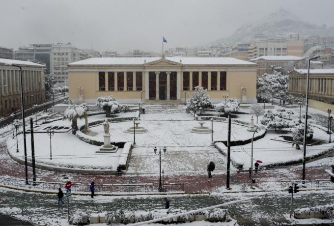 Η κακοκαιρία Μήδεια «σαρώνει» την Αθήνα – Εντυπωσιακές εικόνες από drone (pics, vids) | panathinaikos24.gr