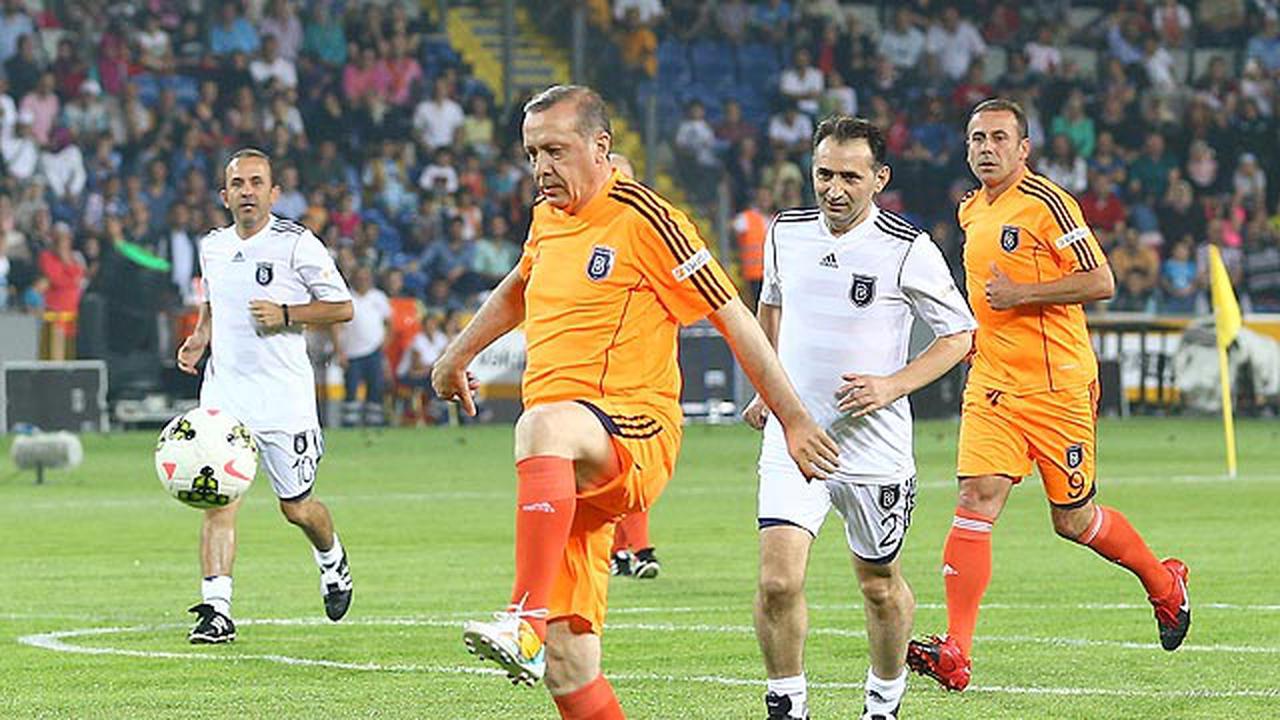 Οταν ο Ρετζέπ Ταγίπ Ερντογάν ήταν ποδοσφαιριστής – Φωτογραφίες ντοκουμέντο [pics]   panathinaikos24.gr