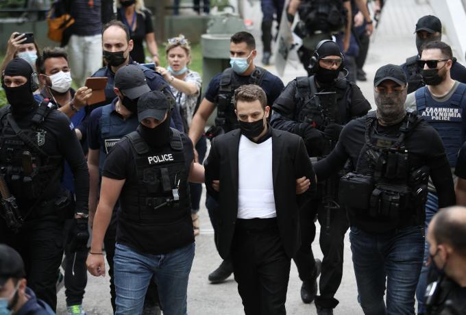 Γλυκά Νερά: Ο διάλογος πριν από τη δολοφονία   panathinaikos24.gr