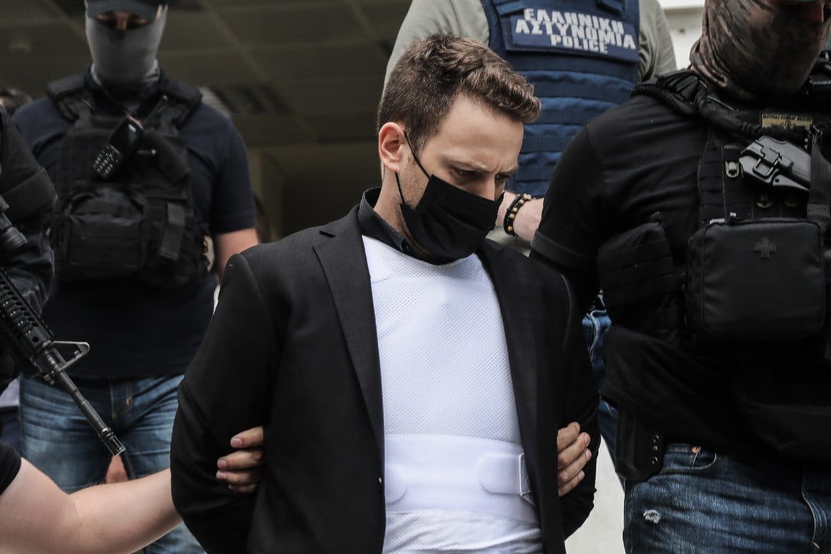 Γλυκά Νερά: Υπό δρακόντεια μέτρα ασφαλείας στην Ευελπίδων ο συζυγοκτόνος | panathinaikos24.gr