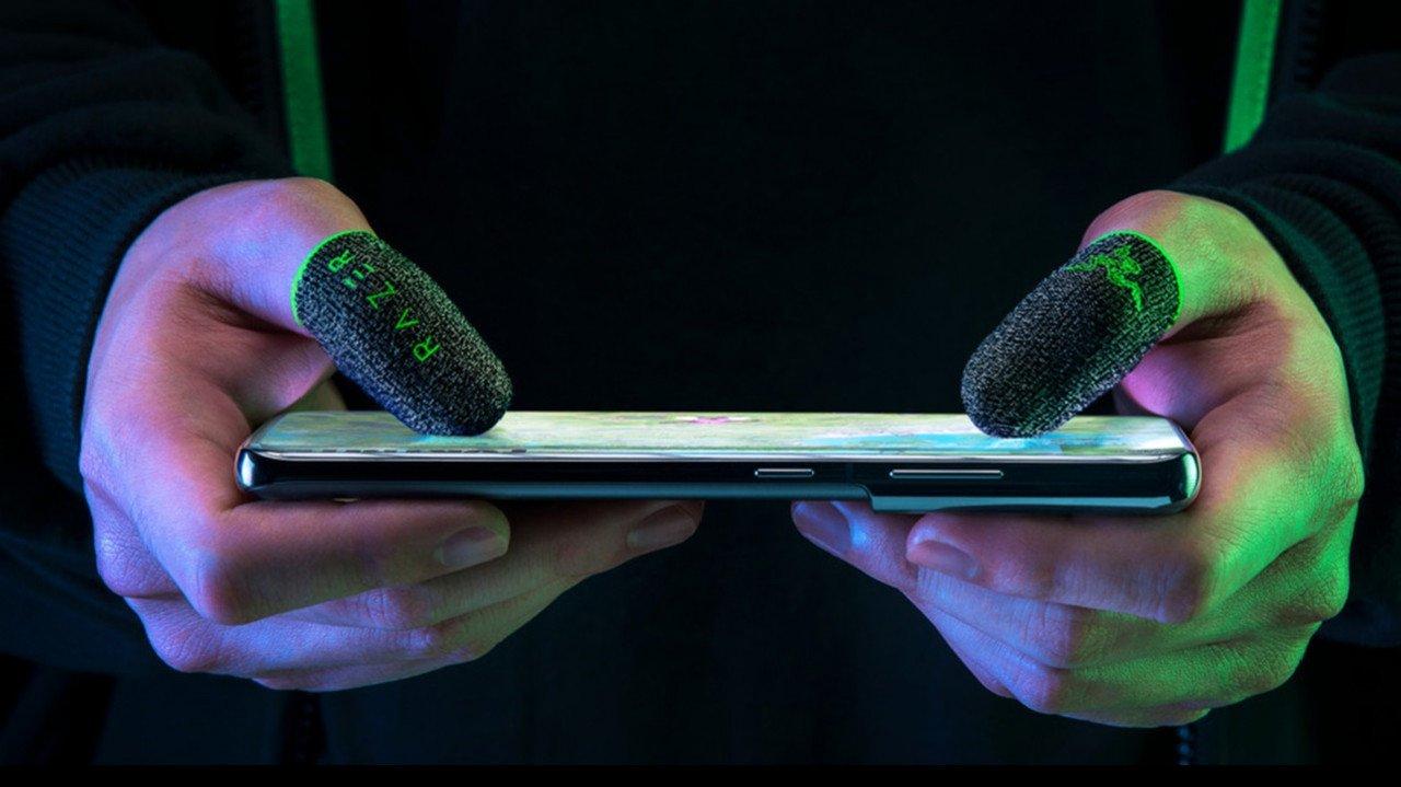 Ειδικά γάντια για mobile gaming αποκάλυψε η Razer | panathinaikos24.gr