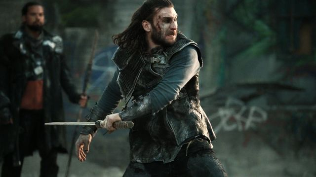 The100_S3_Watch_The_Thrones_Roan_2