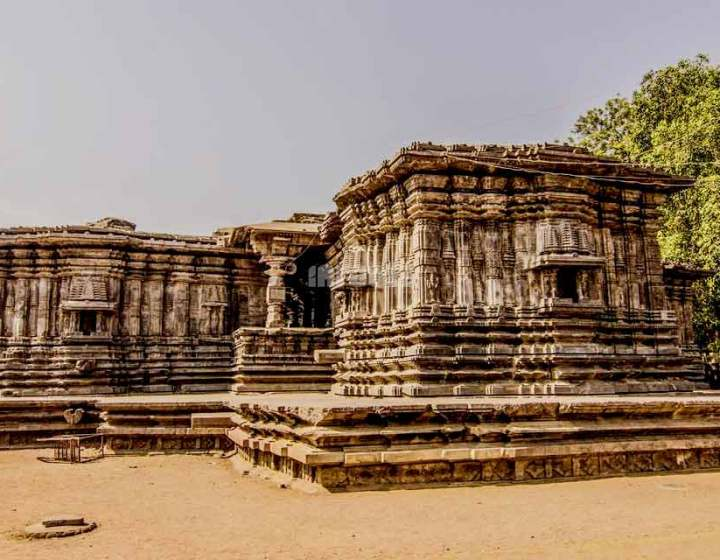 thousand-pillar-temple-warangal-telangana