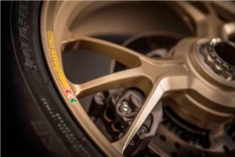 2017-Ducati-1299-Panigale-S-Anniversario-43