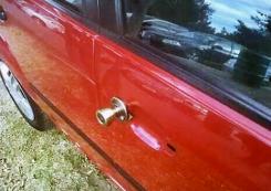 tombol-pintu-kereta