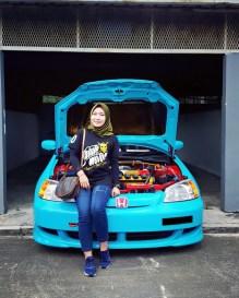 Honda Civic ES 1.7