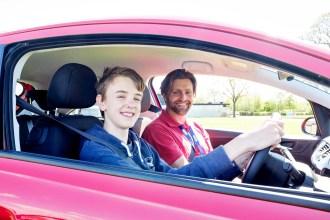 Program memandu remaja Young Driver.02