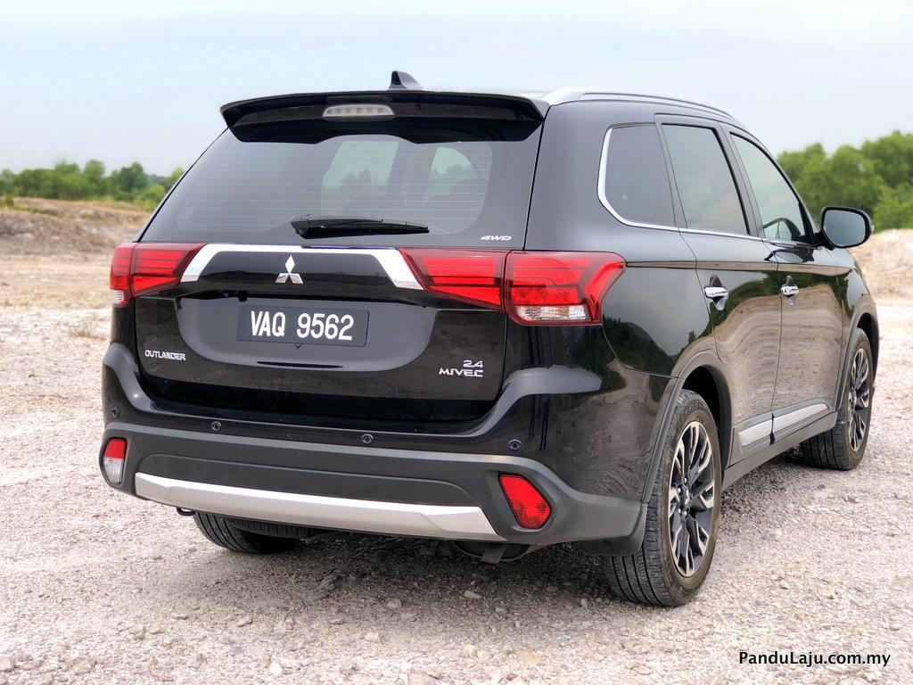 Pandu Uji Mitsubishi Outlander 2.4L CKD