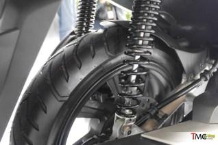Absorber belakang Honda ADV 150.