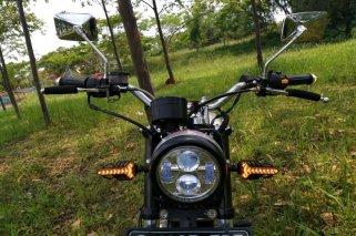 Suzuki Thunder 125_3