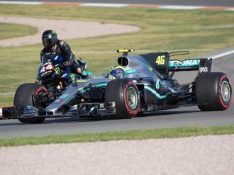 Rossi dan Hamilton bertukar jentera_6