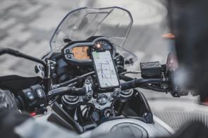 waze-on-motorcycle