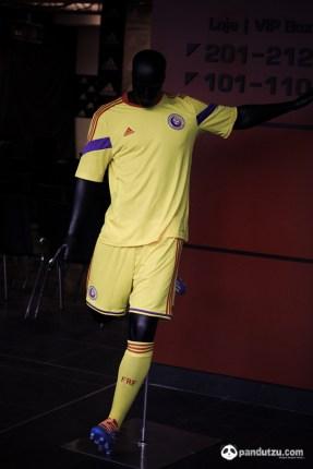 Noul echipament Adidas al Nationalei de Fotbal a Romaniei-8