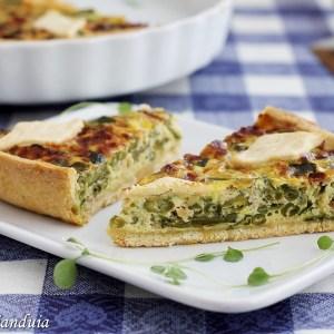 Torta salata con fagiolini e zucchine
