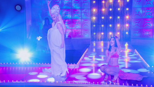 rupaul's drag race naomi smalls and acid betty lipsync for your life