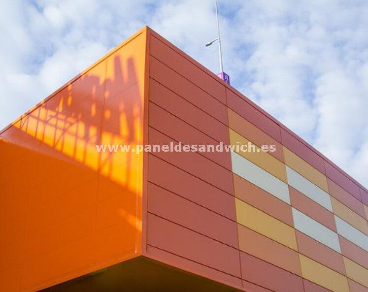 Un diseño espectacular y máxima protección al mejor precio con Panel Sandwich Arquitectónico